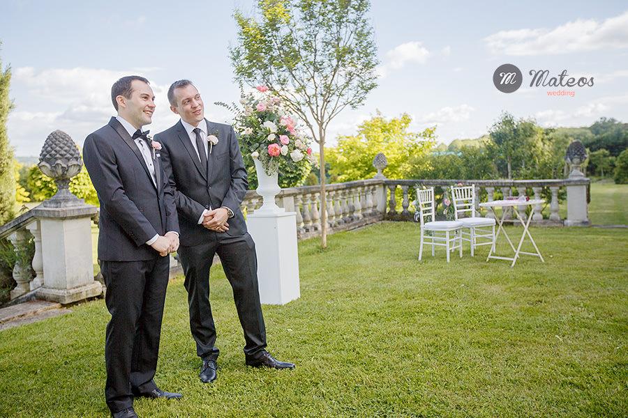 wedding day at chateau ladurantie