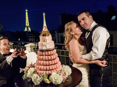 intimate wedding at the american church in Paris